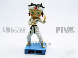 FIGURINES BETTY BOOP - KARATEKA