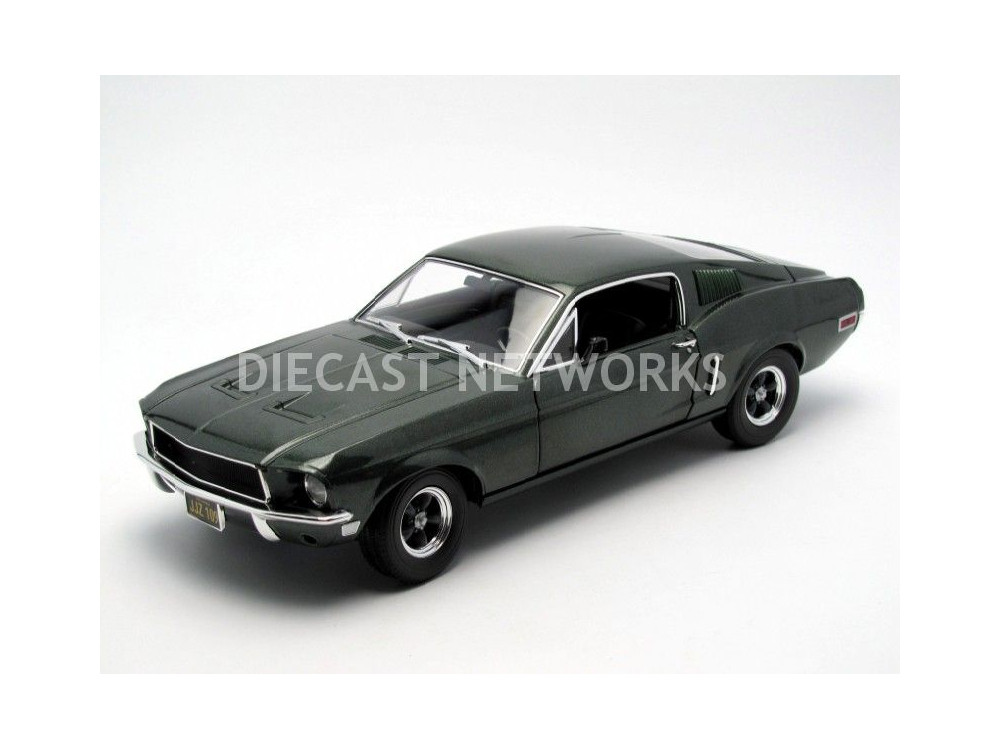 ford mustang gt 390 bullitt steve mc queen little bolide. Black Bedroom Furniture Sets. Home Design Ideas