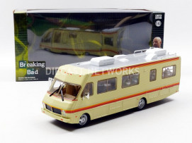 FLEETWOOD BOUNDER RV - BREAKING BAD - 1986