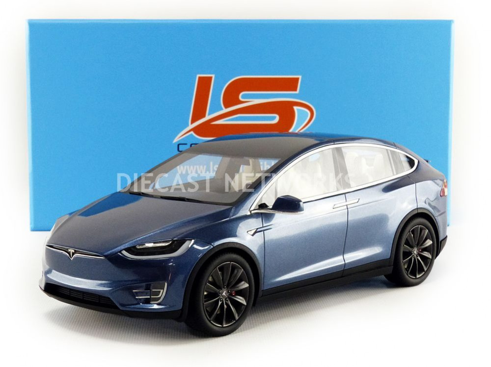 tesla model x 2016 little bolide. Black Bedroom Furniture Sets. Home Design Ideas