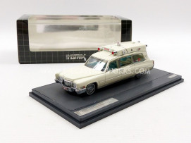 CADILLAC SUPERIOR 51 AMBULANCE - 1970